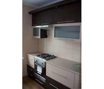 Выбор кухонной мебели для маленькой кухни