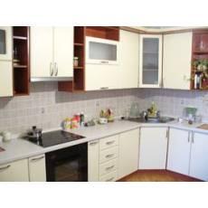 Кухонная мебель угловая для маленькой кухни