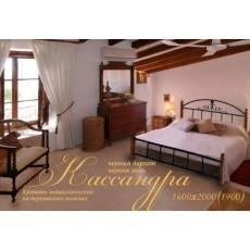 Кровать Кассандра 160х200 на деревянных ногах