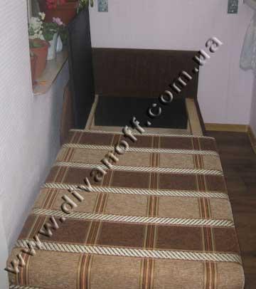 небольшой диван на балкон