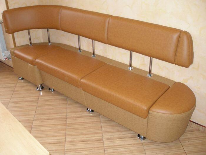 Кухонный диван прямой с угловой частью