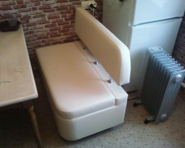 Маленькая кухонная лавка для кухни 999 с закруглением